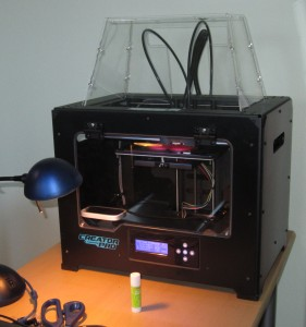 My new 3d printer up and running,